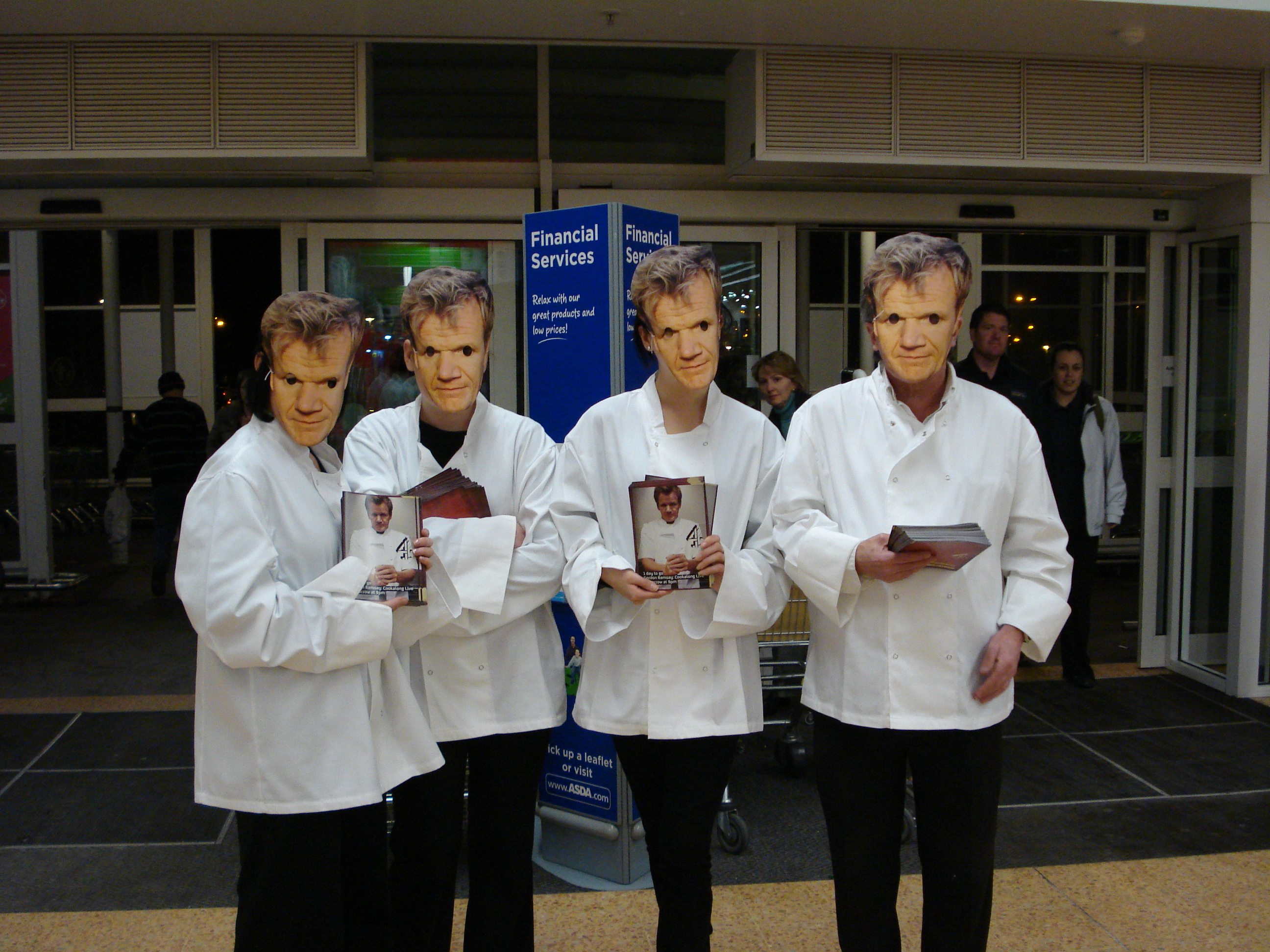 Hire Supermarket Sampling Staff